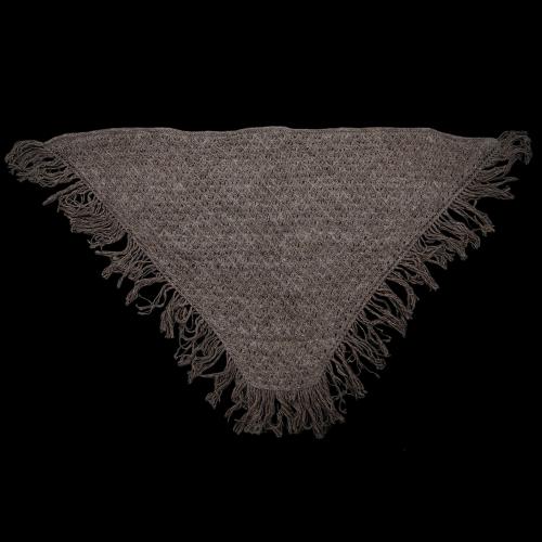 Шерстяной платок с бахромой серый