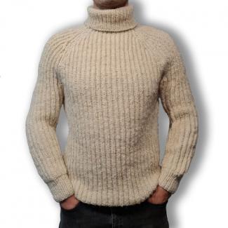 Шерстяной свитер вязаный