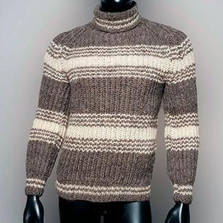 Шерстяной вязаный свитер в полоску